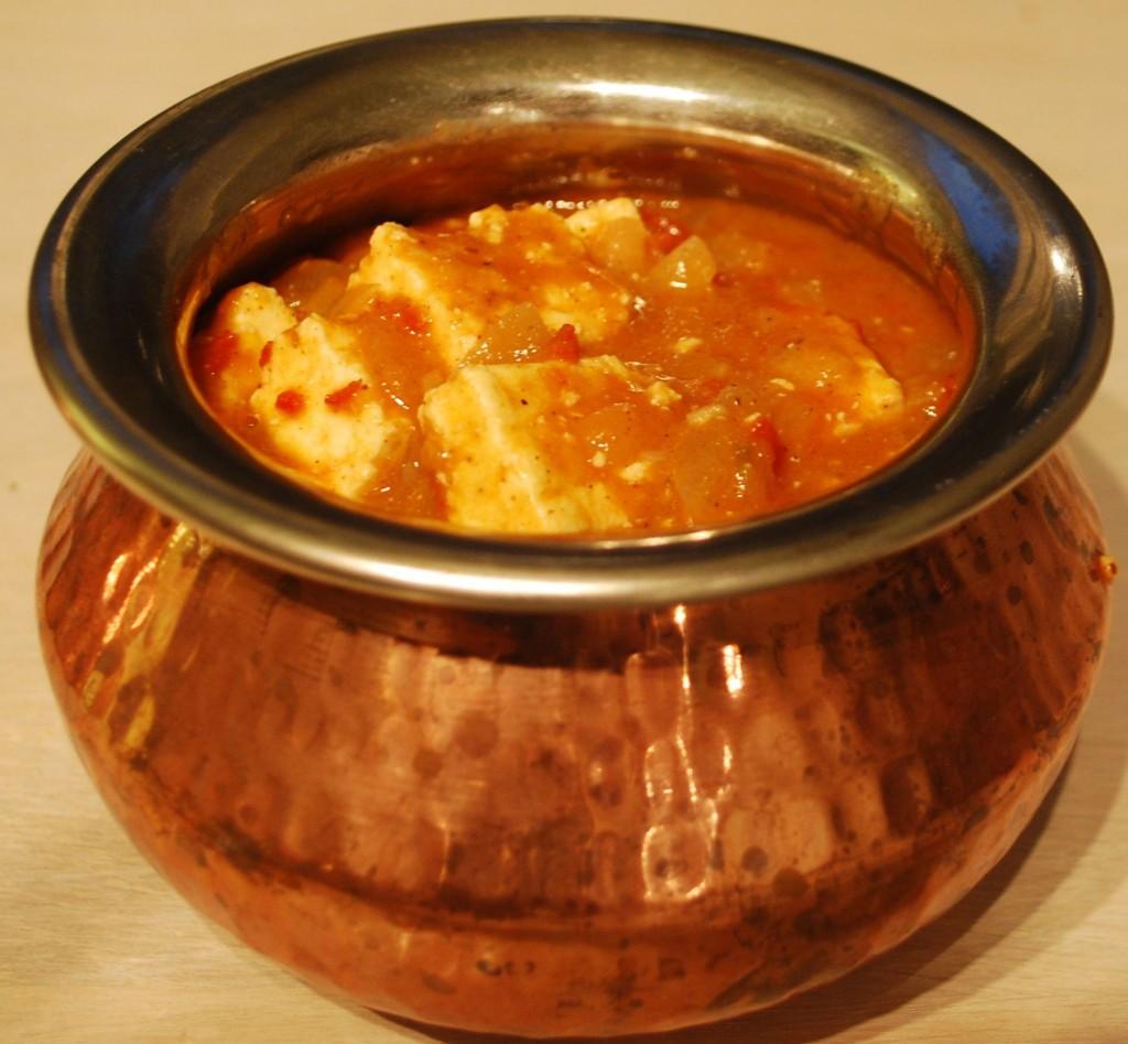 Paneer butter masala er en klassisk indisk rett.