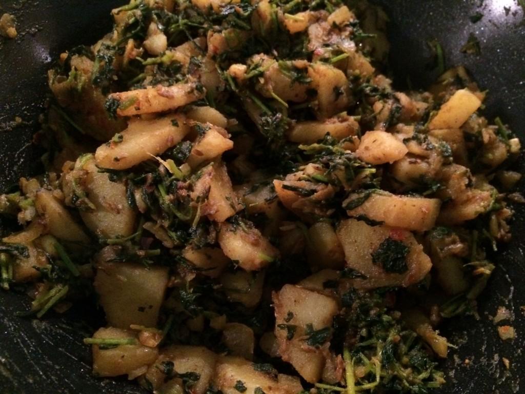 Aloo methi: en herlig kombinasjon av poteter og urter.