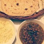 Kala chana masala – Sorte kikerter i masalagryte